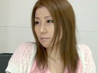人妻の恥ずかしいお仕事 ~泌尿器科で働き始めた巨乳ナース嫁~ 秋野千尋