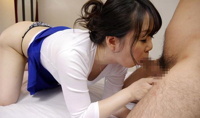 マシュマロの様に白い肌の童顔妻 藤沢麻衣子