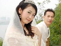 モデル級の美人な29歳人妻の夫婦ハメ撮りSEX