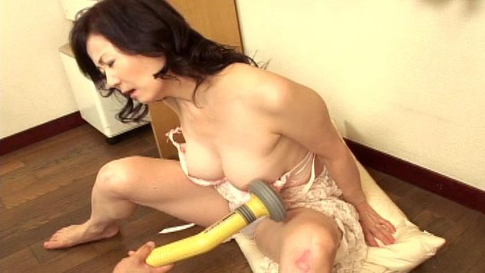 51歳の可愛いぶりっ子熟女 澤村美香