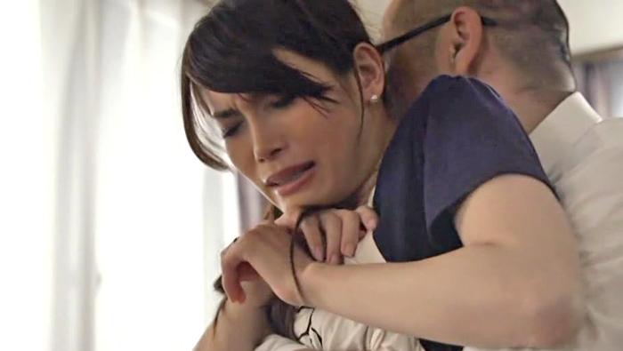 夫の同僚に堕ちてしまった人妻 堀内秋美