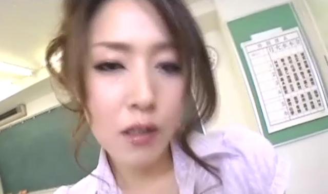 美人女教師のノーパンパンスト 加藤なお